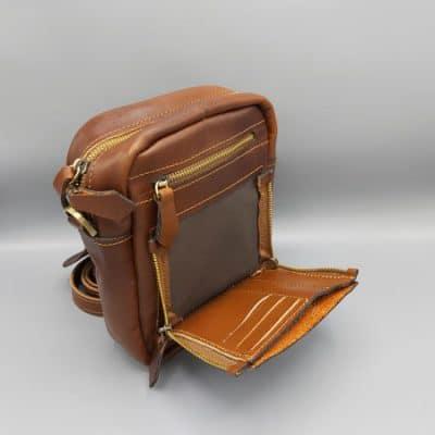 کیف دوشی چرم آیزن